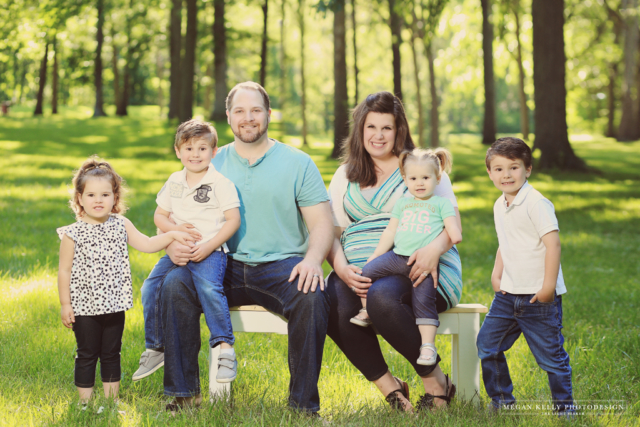 Willow Metropark - Maternity Family Photography